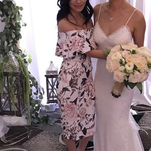 Hello Molly Dresses - Beautiful off the shoulder floral midi dress